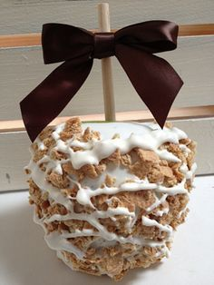Cheesecake Chocolate Apples, Chocolate Covered Treats, Chocolate Graham Crackers, White Chocolate, Fruit Recipes, Apple Recipes, Apple Desserts, Baking Desserts, Gourmet Caramel Apples