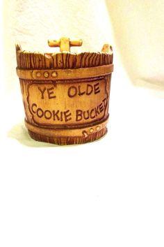 """Twin Winton Ye Olde Bucket Cookie Jar or Cannister 7"""" Vintage"""
