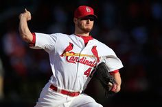 ST LOUIS, MO - OCTOBER 07: Shelby Miller #40 of the St. Louis Cardinals pitches in the second inning against the Los Angeles Dodgers in Game Four of the National League Divison Series at Busch Stadium on October 7, 2014 in St Louis, Missouri. (Photo by Jamie Squire/Getty Images)