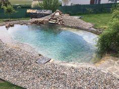 Koupací jezero i pro vaši zahradu | Články | PEČENĚ-VAŘENĚ Diy Pool, Lanai, Dyi, Home And Garden, Outdoor Decor, Projects, Garden Houses, Pool Ideas, Facebook