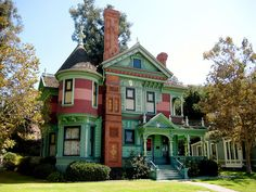 The Hale House, victorian building in Los Angeles, California, USA (by chiffonade).