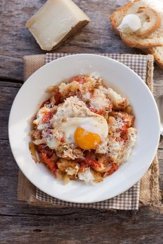 acquacotta maremmana / tuscany typical soup