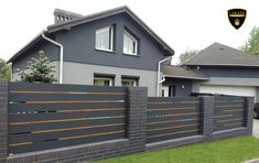 Alu Fence Premium www. House Fence Design, Modern Fence Design, Modern Front Porches, Boundary Walls, Small Garden Design, House Wall, Fence Ideas, House Front, Fences