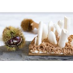 "Box ""Mont-Blanc"" Garlic, Food, Mont Blanc, Chantilly Cream, Conkers, Meal, Hoods, Eten, Meals"