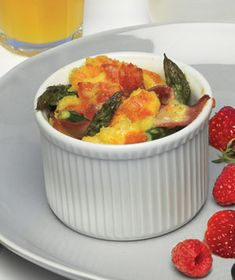 Baked Eggs With Asparagus, Ham, and Gruyère Recipe