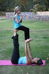 Family Acro Yoga - Kids World Yoga