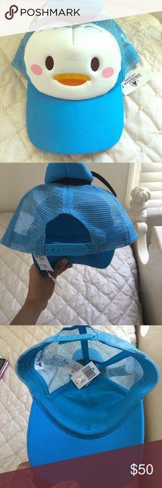Selling this Shanghai Disney Donald hat on Poshmark! My username is: trendingmouse. #shopmycloset #poshmark #fashion #shopping #style #forsale #Accessories