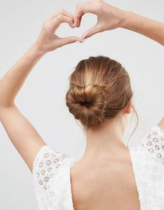 Browse online for the newest ASOS Basics Heart Bun Holder styles. Shop easier with ASOS' multiple payments and return options (Ts&Cs apply). Cute Headband Hairstyles, Valentine's Day Hairstyles, Updo With Headband, High Bun Hairstyles, Classic Hairstyles, Headband Wrap, Black Headband, Pretty Hairstyles, How To Draw Braids