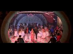 Bunty Aur Babli • Kajra Re ---- love this song! Amitabh Bachchan, Love Songs, Bollywood, Singing, Indian, Dance, Film, Concert, Movies
