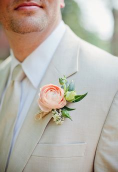 Groom boutonniere will have 2 flowers (one small light pink & one medium sized white peonie). No burlap though! Keep stems as short as possible and wrap in simple ribbon. Boutonnières for groomsmen & fathers will have 1 white flower with some greenery, similar style as groom.