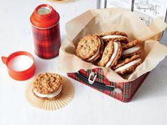 Oatmeal-Caramel Cream Pies Recipe