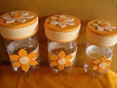 Single Post - Best Sewing Tips Plastic Bottle Crafts, Recycle Plastic Bottles, Mason Jar Crafts, Mason Jars, Decoupage Jars, Painted Jars, Plastic Flowers, Ball Jars, Recycled Bottles