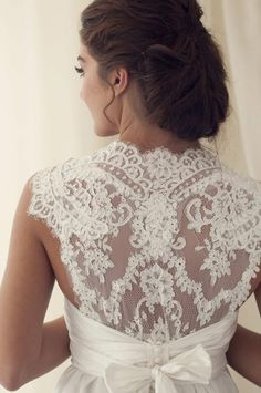 Stunning lace back wedding dress. French lace wedding dress. Anna Campbell Bridal Collection Spring/Summer 2012. lace illusion vintage lace