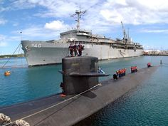 US Navy Submarines | Navy - Submarine Images  ✏✏✏✏✏✏✏✏✏✏✏✏✏✏✏✏ IDEE CADEAU / CUTE GIFT IDEA  ☞ http://gabyfeeriefr.tumblr.com/archive ✏✏✏✏✏✏✏✏✏✏✏✏✏✏✏✏