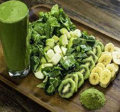Raw Food Recipes, Healthy Recipes, Flat Belly Detox, Vitamine B12, Tasty, Yummy Food, Nutrition, Halloumi, Detox Drinks