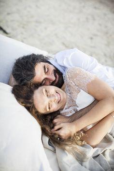 Lilit & Razmig, un shooting d'inspiration Seaside | Garance & Vanessa photographe mariage, portrait, événement #garanceetvanessa #mariage #shootingdinspiration #photographedemariage #mariés #couple #wedding #weddingphotographer #seaside  #couple  #love  #sea #maisonfloret  #audetouati #ATSouhaits