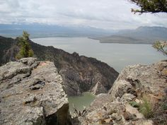 from the top of Rattlesnake Mountain looking down at the Buffalo Bill Reservoir