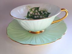 Lily of the Valley Shelley Tea Cup and Saucer, Oleander Teacup, Shelley China, Tea Cups, Tea Set, English Teacups, Antique Tea Cups by AprilsLuxuries on Etsy https://www.etsy.com/listing/202645837/lily-of-the-valley-shelley-tea-cup-and