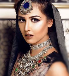 #afghan #girl #jewelry #style #dress #matika #headpiece