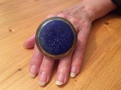 The same Multan ring worn ...
