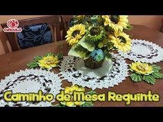 Caminho de Mesa Requinte - YouTube Floor Rugs, Crochet Flowers, Crochet Earrings, Table Decorations, Home Decor, Youtube, U2, Crocheting, Blankets