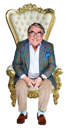 Comedy Actors, Comedy Show, The Two Ronnies, Ronnie Corbett, Ronnie Barker, British History, Comedians, Background Images, Childhood Memories