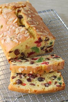 BitterSweetSpicy: Light Fruit Cake