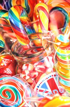Candy (Drawing by Sarah Graham) Unicorn Food, Candy Photography, Kalender Design, Still Life Artists, Candy Art, Pick And Mix, Expressive Art, Colorful Candy, Gcse Art