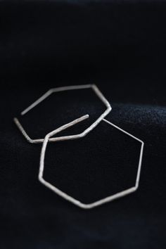 Handmade hexagonal loop earrings in by Storiesofsilversilk on Etsy