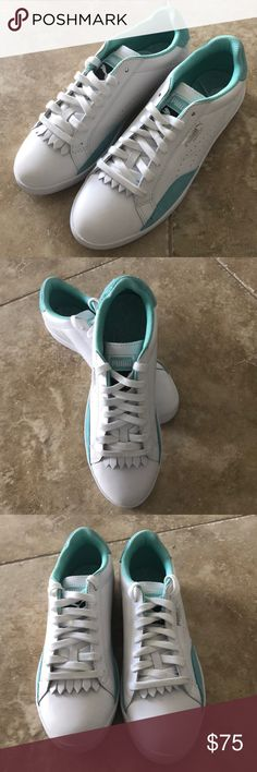Women's Puma MATCH LO RESET Sneaker Size US8.5 New without box Women's Puma MATCH LO RESET White Green Sport Shoes Size US 8.5 or Euro 39, they were store floor display model so never worn outside the store.   Pleas take a good look at pictures! Thank you! Puma Shoes Athletic Shoes