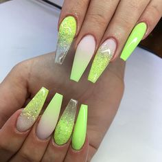 Discover new and inspirational nail art for your short nail designs. Summer Acrylic Nails, Best Acrylic Nails, Acrylic Nail Designs, Summer Nails, Aycrlic Nails, Bling Nails, Swag Nails, Cute Nails, Neon Green Nails
