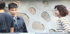 韓国・ソウルで日韓合作ドラマ(시크릿 메세지 Secret Message)の撮影に臨む、アイドルグループ「BIGBANG(ビッグバン)」のT.O.P (トップ)と日本人女優の上野樹里(2015年6月10日撮影)。(c)STARNEWS ▼15Jun2015AFP|日韓合作ドラマの撮影、ソウルで実施 女優の上野樹里も参加 http://www.afpbb.com/articles/-/3051736 #上野樹里 #Juri_Ueno #우에노_주리 #최승현 #崔勝賢 #Choi_Seung_hyun #빅뱅_TOP #Big_Bang_TOP