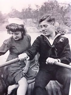 A sailor and his girl, Central Park, New York c.1940s