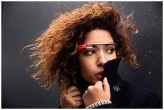 これただの未来やん…。Googleの次世代ガジェットプロジェクト「Google Glass(Googleメガネ)」。ずいぶん前か...