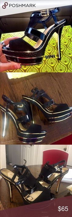 LIKE NEW SIZE 7 Gianni Bini Black and Gold Heels Wore once to walk across the stage for graduation my senior year... beautiful shoes!! Gianni Bini Shoes Heels