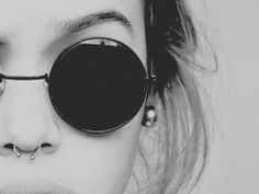 my 2 fav things. hippie glasses and a septum piercing Septum Piercings, Piercing Tattoo, Septum Ring, Piercings Bonitos, Estilo Hipster, Ansel Adams, Body Mods, Grunge Fashion, Indie Fashion