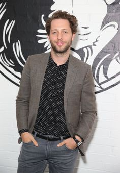 Pin for Later: Celebrities Were Sitting Pretty in the London Fashion Week Front Row Derek Blasberg Derek Blasberg was one of the many celebrities who attended the Versus Versace show.