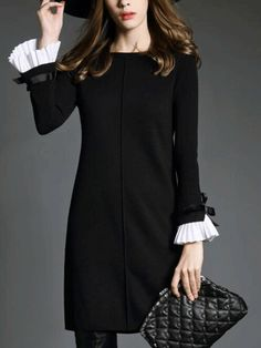 Black Boat Neck Bell Sleeve Shift Dress -SheIn(Sheinside)