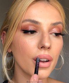 10 Fab Tutorials & Tips: Make Eye Makeup Like a Pro! - Make-Up Ideas! Girls Makeup, Love Makeup, Makeup Inspo, Makeup Inspiration, Beauty Makeup, Makeup Looks, Simple Makeup Tips, Best Makeup Tips, Best Makeup Products
