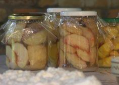 Szatymazi őszibarack befőtt Pickles, Cucumber, Minden, Food, Essen, Meals, Pickle, Yemek, Zucchini
