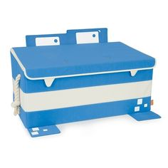 Wao! what a wonderful product... the P'kolino Mess Eaters trunk is a great cool looking storage and organization solution