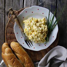 #pomazanka #vejce Risotto, Grains, Retro, Ethnic Recipes, Food, Meal, Eten, Rustic, Meals