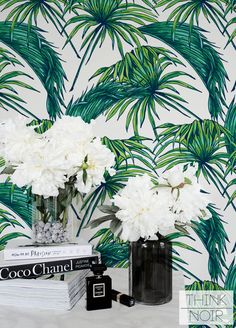 15 % Tropic Palm Leaf Wallpaper /Removable /Regular Palm Wallpaper /Leaf Wall Mural /Green Leaves Pattern Wall Covering / Self Adhesive