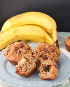 Chocolate Chip Coconut Flour Banana Bread Muffins (next time use less nutmeg & cloves) Coconut Flour Banana Bread, Baking With Coconut Flour, Coconut Flour Recipes, Banana Bread Muffins, Chocolate Chip Banana Bread, Chocolate Chips, Coconut Oil, Low Carb Recipes, Cooking Recipes