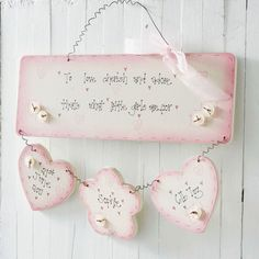 How cute for a babygirl´s room?