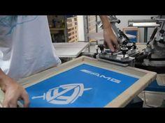 Como fazer estampa em camiseta com Serigrafia / Silk Screen - YouTube