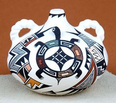 Acoma Pueblo pottery, Southwest Indian pottery, Native American Pottery by Carolyn Concho Native American Decor, Native American Pottery, Native American Artists, American Indian Art, Native American Indians, Native Americans, Pottery Sculpture, Pottery Art, Southwestern Art