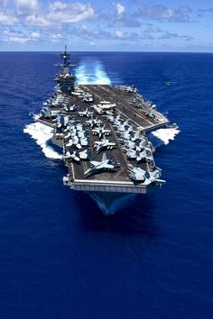 USS Carl Vinson (CVN 70) looking good!