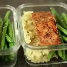 A delicious recipe to inspire you to cook outdoors. Best Ever Salmon Recipe, Easy Salmon Recipes, Spicy Recipes, Seafood Recipes, Cooking Recipes, Healthy Recipes, Fast Recipes, Healthy Foods, Chicken Meal Prep