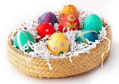 Love these egg designs from Better Homes and Gardens.  Cute!